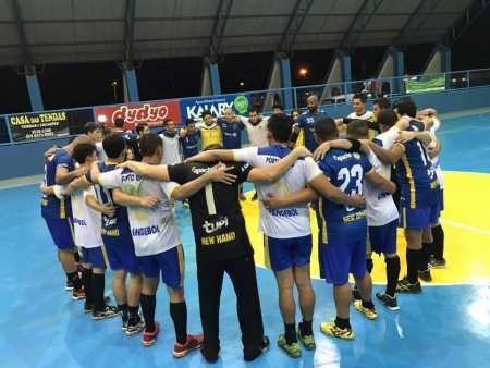 A uniÃģo faz a força desta equipe de handebol masculino de Ariquemes (Foto: Assessoria)