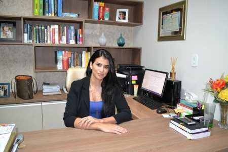 Gislene Trevizan advogada na cidade de Ariquemes. (Foto: ALEXANDRE JABÁ)