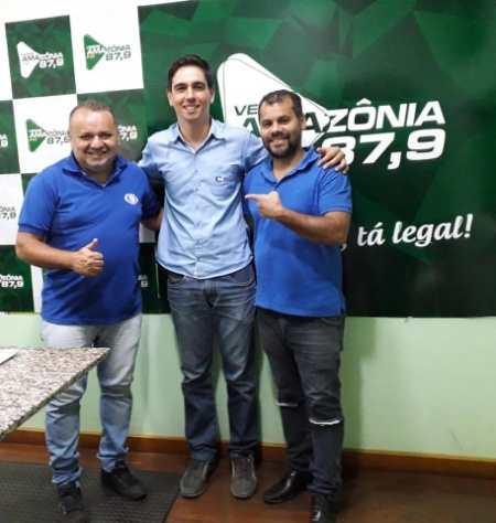 Marcelo no programa Plantão Esportivo com Alexandre JabÃÂ¡ e Pedrinho Boiadeiro. (Foto: Maria Galvão)